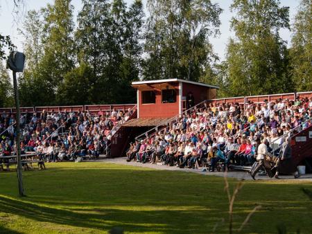Bild: Pedersöre Teaterförening r.f.